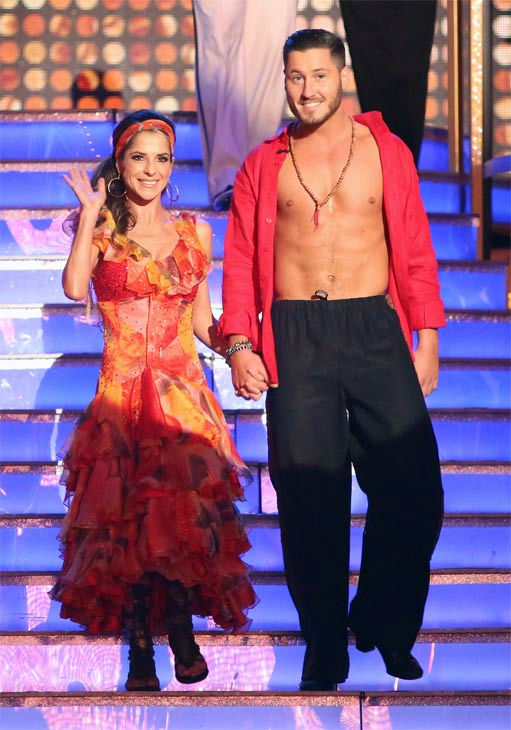"<div class=""meta ""><span class=""caption-text "">'General Hospital' actress Kelly Monaco and her partner Valentin Chmerkovskiy on 'Dancing With The Stars: All-Stars' on Monday, Nov. 19, 2012. (ABC Photo / Adam Taylor)</span></div>"