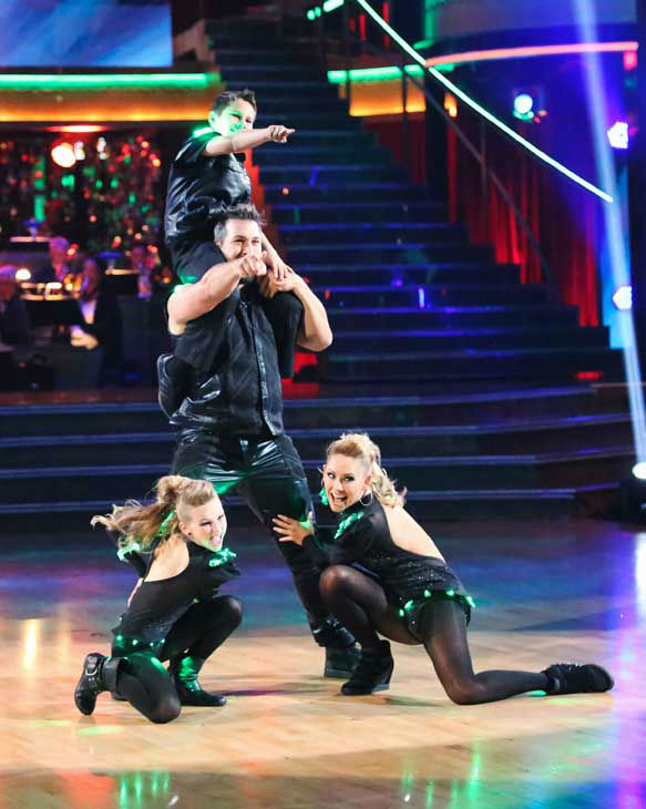 "<div class=""meta ""><span class=""caption-text "">Former member of the boy band 'N Sync, Joey Fatone and his partner Kym Johnson returned to the ballroom for the 'Dancing With The Stars: All-Stars' finale on November 27, 2012. (ABC Photo/ Adam Taylor)</span></div>"