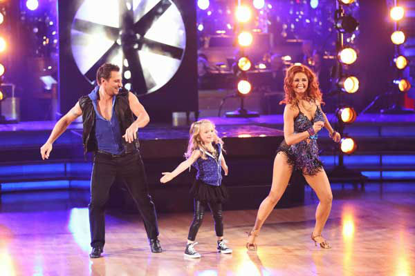 Former member of the boy band 98 Degrees, Drew Lachey and his partner Anna Trebunskaya returned to the ballroom with his daughter for the 'Dancing With The Stars: All-Stars' finale on November 27, 2012.