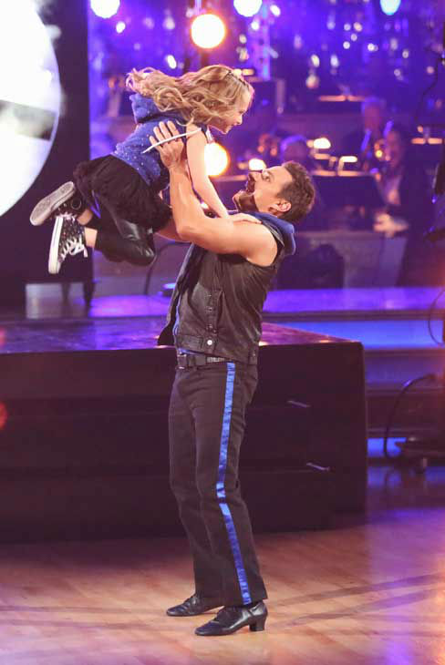 Former member of the boy band 98 Degrees, Drew Lachey and his partner Anna Trebunskaya returned to the ballroom with his daughter for the &#39;Dancing With The Stars: All-Stars&#39; finale on November 27, 2012. <span class=meta>(ABC Photo&#47; Adam Taylor)</span>