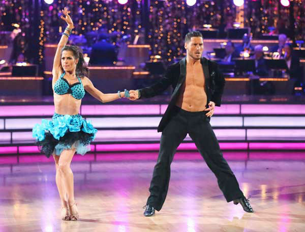 "<div class=""meta ""><span class=""caption-text "">'General Hospital' actress Kelly Monaco and her partner Valentin Chmerkovskiy performed their 'Instant Dance' Jive to 'Cat and Mouse' on the 'Dancing With The Stars: All-Stars' finale on November 27, 2012.  The pair scored 28.5 out of 30 in the Instant Dance. On Monday, Monaco and Chmerkovskiy received 29.5 out of 30 points from the judges for their Paso Doble and 29.5 out of 30 points for their Freestyle. Their total score for two days was 87.5 out of 90.  (ABC Photo/ Adam Taylor)</span></div>"