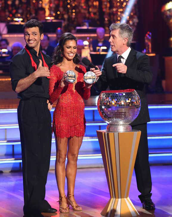 Reality star Melissa Rycroft and her partner Tony Dovolani picked their 'Instant Dance' style and music on the 'Dancing With The Stars: All-Stars' finale on November 27, 2012.
