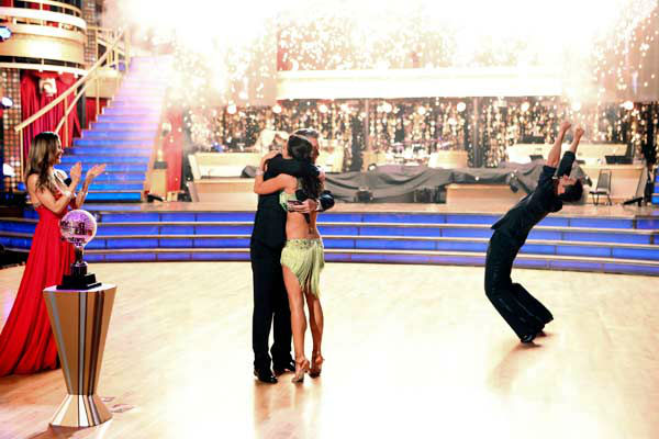 Reality star Melissa Rycroft and her partner Tony Dovolani react to winning on the &#39;Dancing With The Stars: All-Stars&#39; finale on November 27, 2012.  The pair scored 28.5 out of 30 in the Instant Dance on Tuesday. On Monday, the two received 30 out of 30 points from the judges for their Samba and 30 out of 30 points for their Freestyle. Their total score for two days was 88.5 out of 90. <span class=meta>(ABC Photo&#47; Adam Taylor)</span>