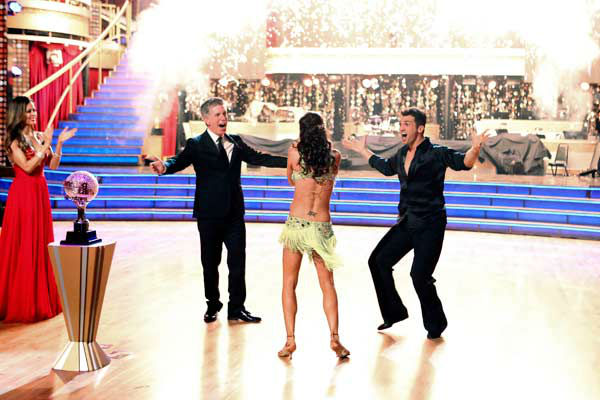 Reality star Melissa Rycroft and her partner Tony Dovolani react to winning on the 'Dancing With The Stars: All-Stars' finale on November 27, 2012.