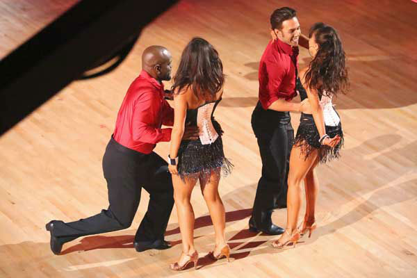 "<div class=""meta ""><span class=""caption-text "">The cast of season 15 returned to the ballroom for the 'Dancing With The Stars: All-Stars' finale on November 27, 2012. (Pictured: EMMITT SMITH, CHERYL BURKE, APOLO ANTON OHNO and KARINA SMIRNOFF.) (ABC Photo/ Adam Taylor)</span></div>"