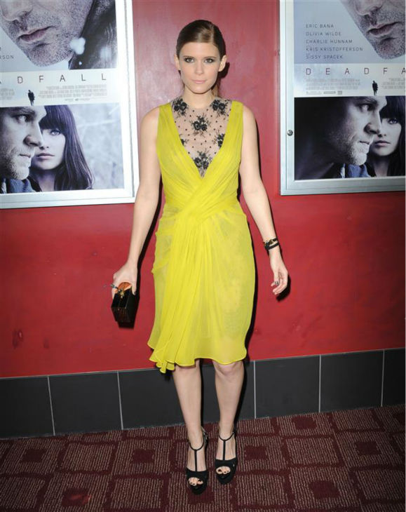 "<div class=""meta ""><span class=""caption-text "">Kate Mara appears at the premiere of 'Deadfall' in Los Angeles on Nov. 29, 2012.  (Hollywood Press / Startraksphoto.com)</span></div>"
