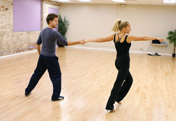 Kendra Wilkinson, reality star of E!&#39;s &#39;Kendra&#39; and formerly &#39;The Girls Next Door&#39; prances with partner Louis Van Amstel during rehearsal for season 12 of &#39;Dancing with the Stars,&#39; premieres on March 21 at 8 p.m. on ABC. <span class=meta>(Photo&#47;Rick Rowell)</span>