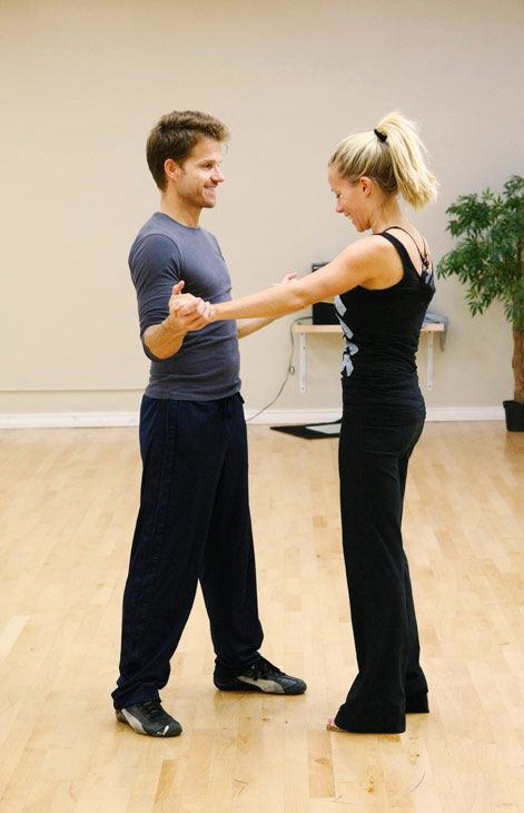 Kendra Wilkinson, reality star of E!&#39;s &#39;Kendra&#39; and formerly &#39;The Girls Next Door,&#39; gets a hand from partner Louis Van Amstel during rehearsal for season 12 of &#39;Dancing with the Stars,&#39; premieres on March 21 at 8 p.m. on ABC. <span class=meta>(Photo&#47;Rick Rowell)</span>