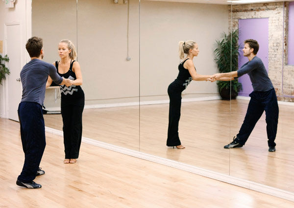 "<div class=""meta ""><span class=""caption-text "">Kendra Wilkinson, reality star of E!'s 'Kendra' and formerly 'The Girls Next Door,' prepares for her dancing debut with partner Louis Van Amstel during rehearsal for season 12 of 'Dancing with the Stars,' premieres on March 21 at 8 p.m. on ABC. (Photo/Rick Rowell)</span></div>"