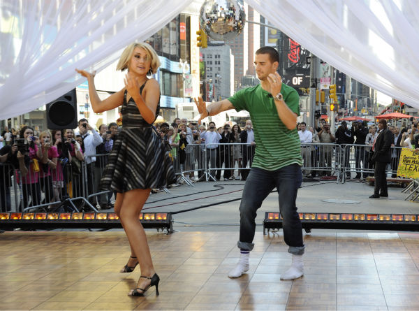 "<div class=""meta ""><span class=""caption-text "">'Dancing With The Stars' finalists Chelsea Kane and Mark Ballas appear on ABC's 'Good Morning America' on May 25, 2011. (ABC / Donna Svennevik)</span></div>"