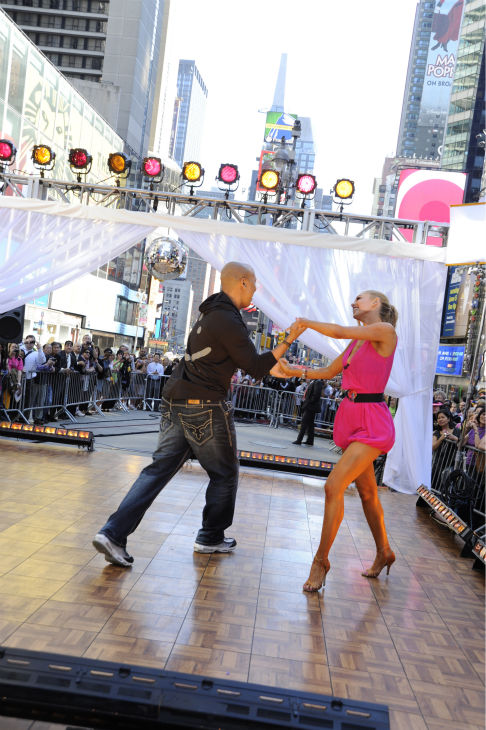 "<div class=""meta image-caption""><div class=""origin-logo origin-image ""><span></span></div><span class=""caption-text"">'Dancing With The Stars' winners Hines Ward and Kym Johnson appear on ABC's 'Good Morning America' on May 25, 2011. (ABC / Donna Svennevik)</span></div>"