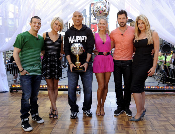 &#39;Dancing With The Stars&#39; winners Hines Ward and Kym Johnson join finalists Kirstie Alley, Maksim Chmerkovskiy, Chelsea Kane and Mark Ballas on ABC&#39;s &#39;Good Morning America&#39; on May 25, 2011. <span class=meta>(ABC &#47; Donna Svennevik)</span>