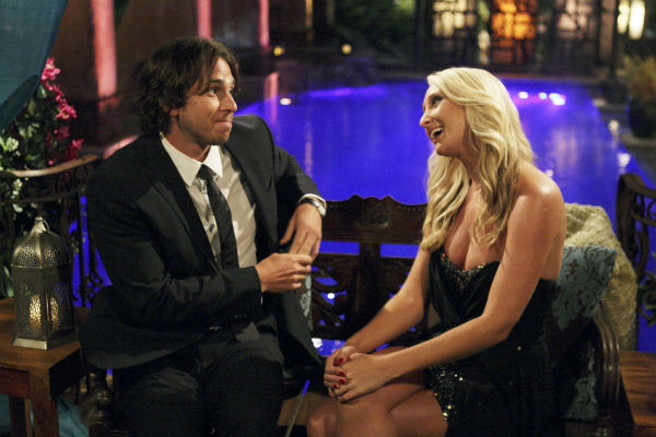 "<div class=""meta ""><span class=""caption-text "">Jaclyn and Ben Flajnik appear in a scene from the premiere of the 16th season of ABC's 'The Bachelor,' which airs on Jan. 2, 2012. (ABC / Rick Rowell)</span></div>"