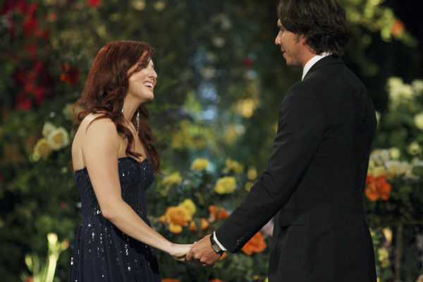"<div class=""meta ""><span class=""caption-text "">Jennifer and Ben Flajnik appear in a scene from the premiere of the 16th season of ABC's 'The Bachelor,' which airs on Jan. 2, 2012. (ABC / Rick Rowell)</span></div>"