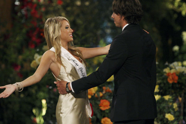"<div class=""meta ""><span class=""caption-text "">Samantha and Ben Flajnik appear in a scene from the premiere of the 16th season of ABC's 'The Bachelor,' which airs on Jan. 2, 2012. (ABC / Rick Rowell)</span></div>"