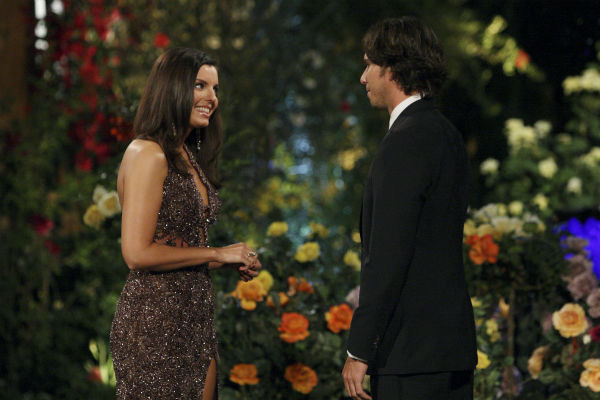 Erika and Ben Flajnik appear in a scene from the premiere of the 16th season of ABC&#39;s &#39;The Bachelor,&#39; which airs on Jan. 2, 2012. <span class=meta>(ABC &#47; Rick Rowell)</span>