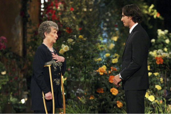 "<div class=""meta ""><span class=""caption-text "">Sheryl and Ben Flajnik appear in a scene from the premiere of the 16th season of ABC's 'The Bachelor,' which airs on Jan. 2, 2012. (ABC Photo/ Rick Rowell)</span></div>"