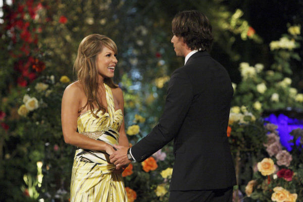 "<div class=""meta ""><span class=""caption-text "">Amber T. and Ben Flajnik appear in a scene from the premiere of the 16th season of ABC's 'The Bachelor,' which airs on Jan. 2, 2012. (ABC / Rick Rowell)</span></div>"