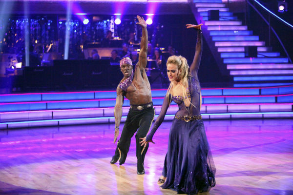 "<div class=""meta ""><span class=""caption-text "">Football star Donald Driver and his partner Peta Murgatroyd received 27 out of 30 points from the judges for their Paso Doble on week 4 of 'Dancing With The Stars' on April 9, 2012. (ABC Photo / Adam Taylor)</span></div>"