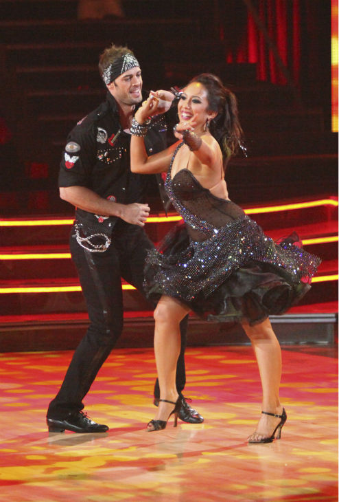 "<div class=""meta ""><span class=""caption-text "">Telenovela star William Levy and his partner Cheryl Burke received 22 out of 30 points from the judges for their Jive on week 4 of 'Dancing With The Stars' on April 9, 2012. (ABC Photo / Adam Taylor)</span></div>"