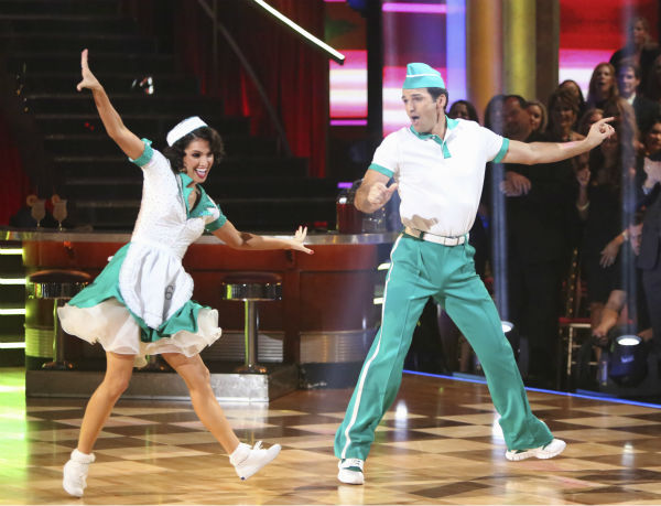 "<div class=""meta image-caption""><div class=""origin-logo origin-image ""><span></span></div><span class=""caption-text"">Reality star Melissa Rycroft and her partner Tony Dovolani received 37 out of 40 points from the judges for their Jitterbug on 'Dancing With The Stars: All-Stars' on October 15, 2012. (ABC Photo / Adam Taylor)</span></div>"