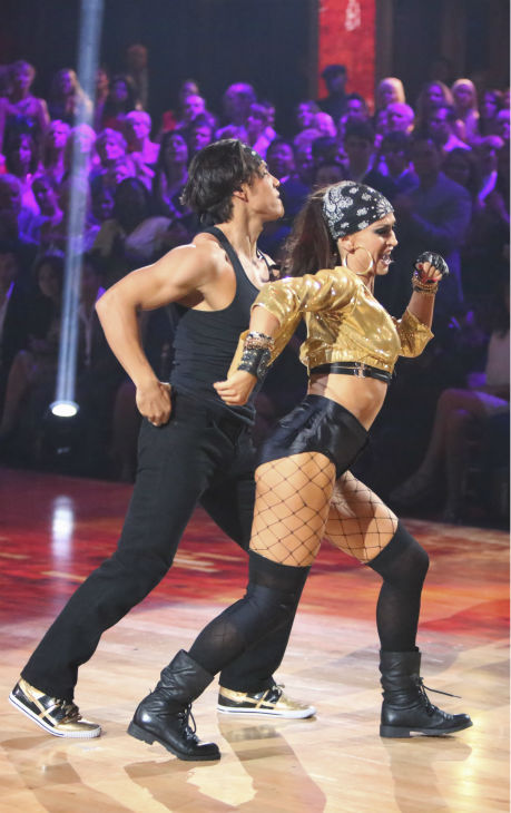 "<div class=""meta image-caption""><div class=""origin-logo origin-image ""><span></span></div><span class=""caption-text"">Olympic speed skater Apolo Anton Ohno and his partner Karina Smirnoff received 34.5 out of 40 points from the judges for their Hip-Hop on 'Dancing With The Stars: All-Stars' on October 15, 2012. (ABC Photo / Adam Taylor)</span></div>"