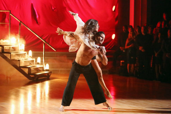 &#39;General Hospital&#39; actress Kelly Monaco and her partner Valentin Chmerkovskiy received 37.5 out of 40 points from the judges for their Contemporary on &#39;Dancing With The Stars: All-Stars,&#39; which aired on October 15, 2012. <span class=meta>(ABC Photo &#47; Adam Taylor)</span>
