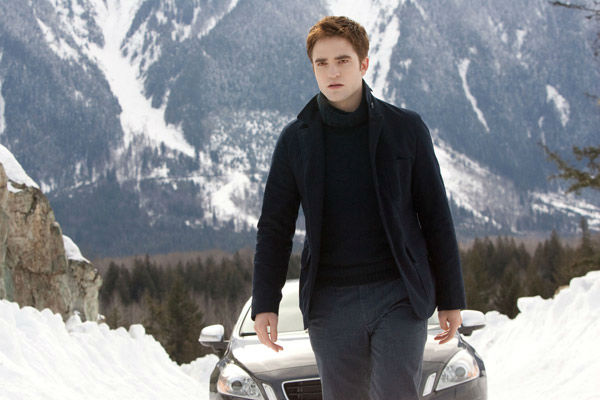 Robert Pattinson appear in a scene from the 2012 movie 'Twilight: Breakin