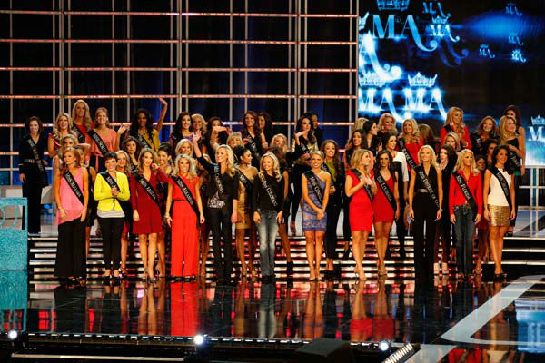 "<div class=""meta ""><span class=""caption-text "">Miss America 2013 Contestants appear during 'The 2013 Miss America Pageant' telecast live from the Planet Hollywood Resort and Casino in Las Vegas on Saturday, January 12, 2013. (ABC Photo/ Craig Sjodin)</span></div>"