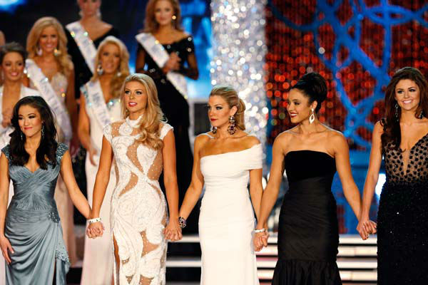"<div class=""meta ""><span class=""caption-text "">Miss Oklahoma, Alicia Clifton, Miss South Carolina, Ali Rogers, Miss New York, Mallory Hagan, Miss Iowa, Mariah Cary and Miss Wyoming, Lexie Madden appear during 'The 2013 Miss America Pageant' telecast live from the Planet Hollywood Resort and Casino in Las Vegas on Saturday, January 12, 2013. (ABC Photo/ Craig Sjodin)</span></div>"