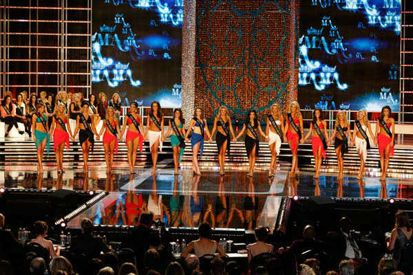 "<div class=""meta ""><span class=""caption-text "">Miss America 2013 Semi-Finalists appear during 'The 2013 Miss America Pageant' telecast live from the Planet Hollywood Resort and Casino in Las Vegas on Saturday, January 12, 2013. (ABC Photo/ Craig Sjodin)</span></div>"
