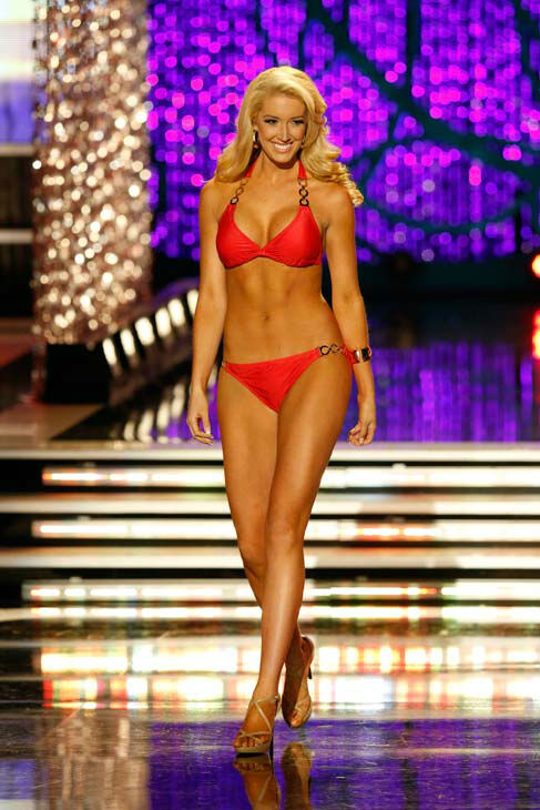 Miss Tennessee, Chandler Lawson, appears in the swimsuit competition of &#39;The 2013 Miss America Pageant&#39; telecast live from the Planet Hollywood Resort and Casino in Las Vegas on Saturday, January 12, 2013. <span class=meta>(ABC Photo&#47; Craig Sjodin)</span>