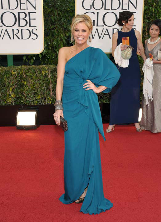 Actress Julie Bowen arrives at the 70th Annual Golden Globe Awards at the Beverly Hilton Hotel on Sunday Jan. 13, 2013, in Beverly Hills, Calif.
