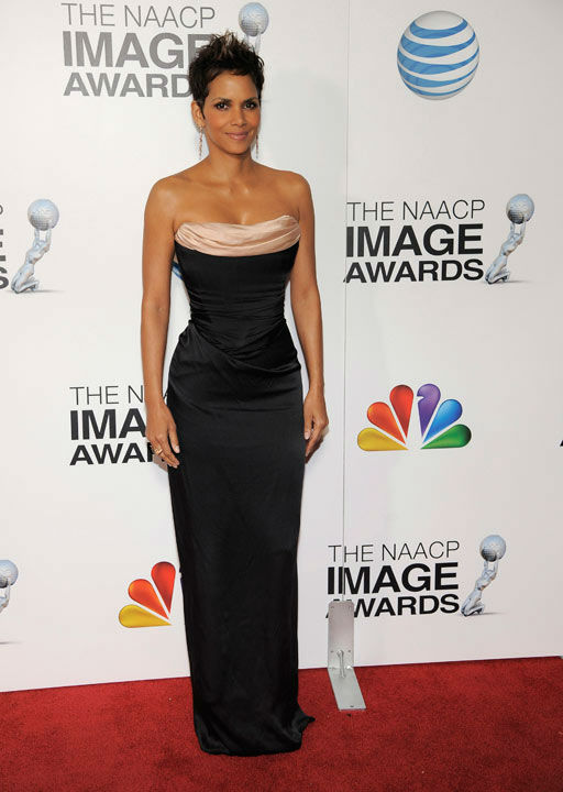 Halle Berry arrives at the 44th Annual NAACP...