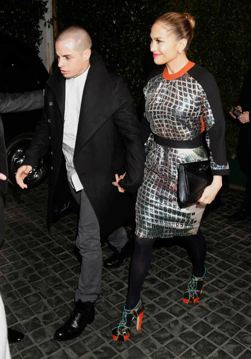 "<div class=""meta ""><span class=""caption-text "">Casper Smart and Jennifer Lopez attend the Topshop Topman LA Opening Party At Cecconi's in Los Angeles, on Wednesday, Feb. 13, 2013 in Los Angeles.  (AP Photo/Todd Williamson)</span></div>"