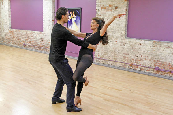 'Dancing With The Stars' season 16 cast members Lisa Vanderpump and partner Gle
