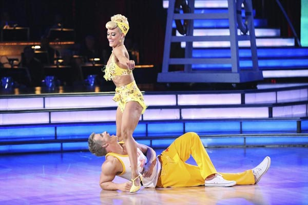"<div class=""meta image-caption""><div class=""origin-logo origin-image ""><span></span></div><span class=""caption-text"">Former 'Bachelor' star Sean Lowe and his partner Peta Murgatroyd received 20 out of 30 points from the judges for their Jive routine on week 2 of 'Dancing With The Stars,' which aired on March 25, 2013. They received a total of 39 out of 60 points for the past two weeks of performances. (ABC Photo / Adam Taylor)</span></div>"