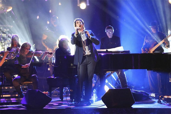 "<div class=""meta ""><span class=""caption-text "">Josh Groban performs on the first results show for 'Dancing With The Stars' season 16, which aired on March 26, 2013.  (ABC Photo / Adam Taylor)</span></div>"