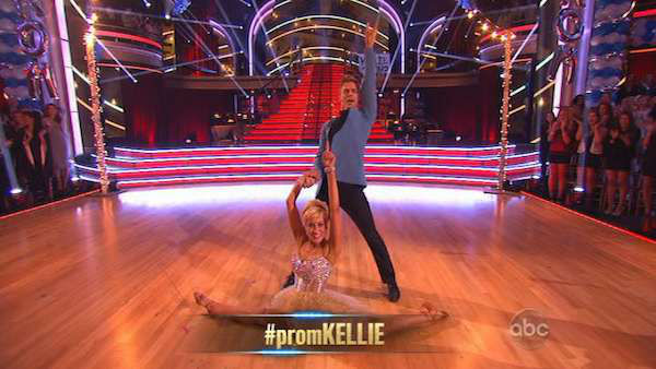 "<div class=""meta image-caption""><div class=""origin-logo origin-image ""><span></span></div><span class=""caption-text"">Singer and former 'American Idol' contestant Kellie Pickler and her partner Derek Hough received 25 out of 30 points from the judges for their Jive on the season premiere of 'Dancing With The Stars,' which aired on April 1, 2013. (ABC Photo)</span></div>"