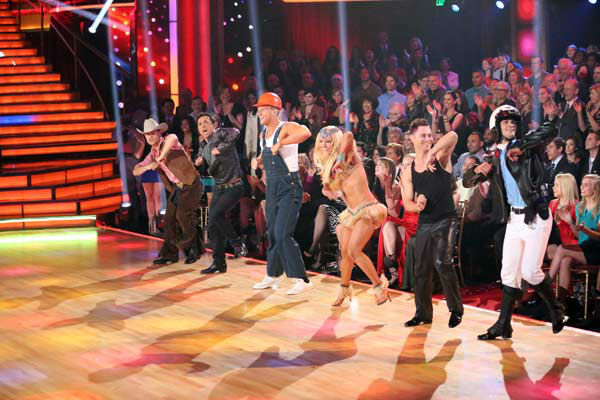 "<div class=""meta ""><span class=""caption-text "">Former 'Bachelor' star Sean Lowe and his partner Peta Murgatroyd perform an encore of their Cha Cha Cha on 'Dancing With The Stars: The Results Show' on April 2, 2013. The pair received 21 out of 30 points from the judges for their Cha Cha Cha on week three of 'Dancing With The Stars,' which aired on April 1, 2013. (ABC Photo/ Adam Taylor)</span></div>"