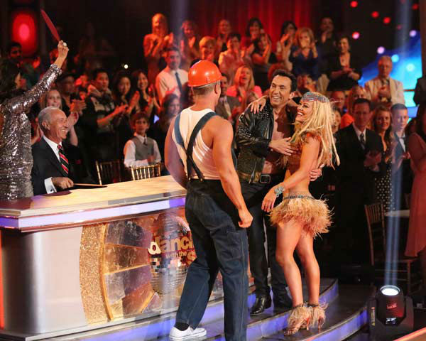 Former &#39;Bachelor&#39; star Sean Lowe and his partner Peta Murgatroyd perform an encore of their Cha Cha Cha on &#39;Dancing With The Stars: The Results Show&#39; on April 2, 2013. The pair received 21 out of 30 points from the judges for their Cha Cha Cha on week three of &#39;Dancing With The Stars,&#39; which aired on April 1, 2013. <span class=meta>(ABC Photo&#47; Adam Taylor)</span>
