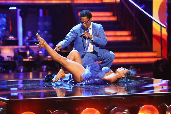 Actor and comedian D.L. Hughley and his partner Cheryl Burke received 16 out of 30 points from the judges for their Salsa routine during week three of &#39;Dancing With The Stars,&#39; which aired on April 1, 2013. <span class=meta>(ABC Photo&#47; Adam Taylor)</span>