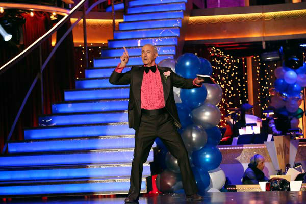 Len Goodman appears on &#39;Dancing With The Stars&#39; on April 1, 2013. <span class=meta>(ABC Photo&#47; Adam Taylor)</span>
