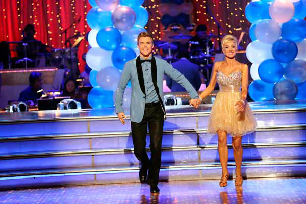 "<div class=""meta image-caption""><div class=""origin-logo origin-image ""><span></span></div><span class=""caption-text"">Singer and former 'American Idol' contestant Kellie Pickler and her partner Derek Hough received 25 out of 30 points from the judges for their Jive during week three of 'Dancing With The Stars,' which aired on April 1, 2013. (ABC Photo/ Adam Taylor)</span></div>"