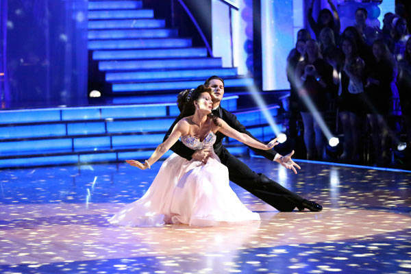&#39;Real Housewives of Beverly Hills&#39; star Lisa Vanderpump and her partner Gleb Savchenko received 21 out of 30 points from the judges for their Viennese Waltz during week three of &#39;Dancing With The Stars,&#39; which aired on April 1, 2013. <span class=meta>(ABC Photo&#47; Adam Taylor)</span>