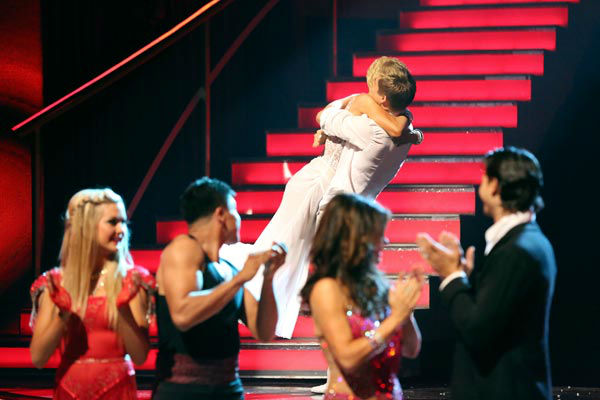 Singer and former &#39;American Idol&#39; contestant Kellie Pickler and her partner Derek Hough react to being safe from elimination on &#39;Dancing With The Stars: The Results Show&#39; on April 9, 2013. The pair received 26 out of 30 points from the judges for their Rumba on week four of &#39;Dancing With The Stars,&#39; which aired on April 8, 2013. <span class=meta>(ABC Photo&#47; Adam Taylor)</span>
