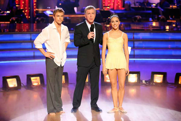 The first 'AT&T Spotlight Performance' of the 'Dancing With The Stars' season aired on April 9, 2013, and featured Brilynn Rakes and Derek Hough.
