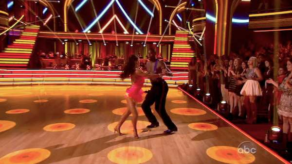 "<div class=""meta image-caption""><div class=""origin-logo origin-image ""><span></span></div><span class=""caption-text"">NFL star Jacoby Jones and his partner Karina Smirnoff performed an encore of their Jive routine on 'Dancing With The Stars: The Results Show' on April 16, 2013. They had earned a a score of 26 out of 30 points for their performance on April 15, 2013. (ABC Photo / Adam Taylor)</span></div>"