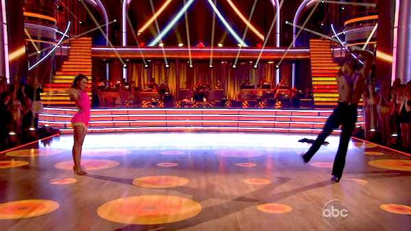 "<div class=""meta ""><span class=""caption-text "">NFL star Jacoby Jones and his partner Karina Smirnoff performed an encore of their Jive routine on 'Dancing With The Stars: The Results Show' on April 16, 2013. They had earned a a score of 26 out of 30 points for their performance on April 15, 2013. (ABC Photo / Adam Taylor)</span></div>"