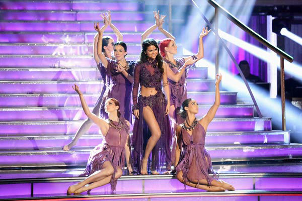 "<div class=""meta image-caption""><div class=""origin-logo origin-image ""><span></span></div><span class=""caption-text"">Selena Gomez performs her new single 'Come & Get It' on 'Dancing With The Stars: The Results Show' on April 16, 2013. (ABC/Adam Taylor)</span></div>"